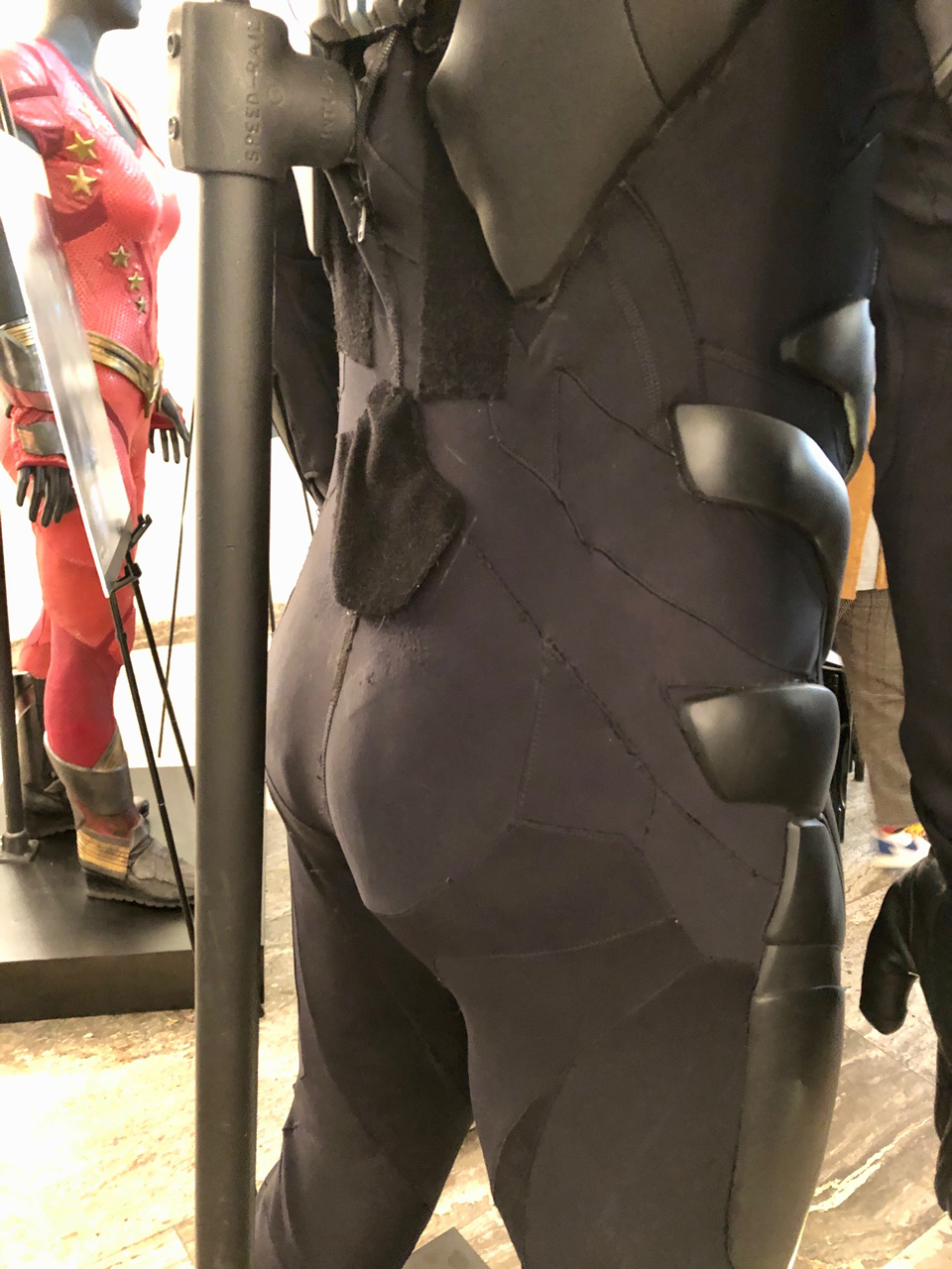 Nightwing-butt-1.jpg
