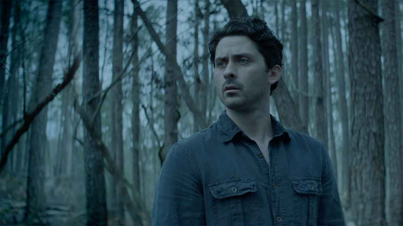 5 Things We Learned from SWAMP THING's Premiere Episode