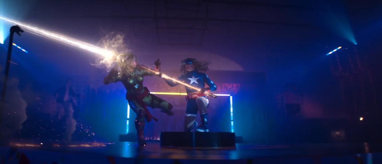 Stargirl-Shiv-Battle.jpg