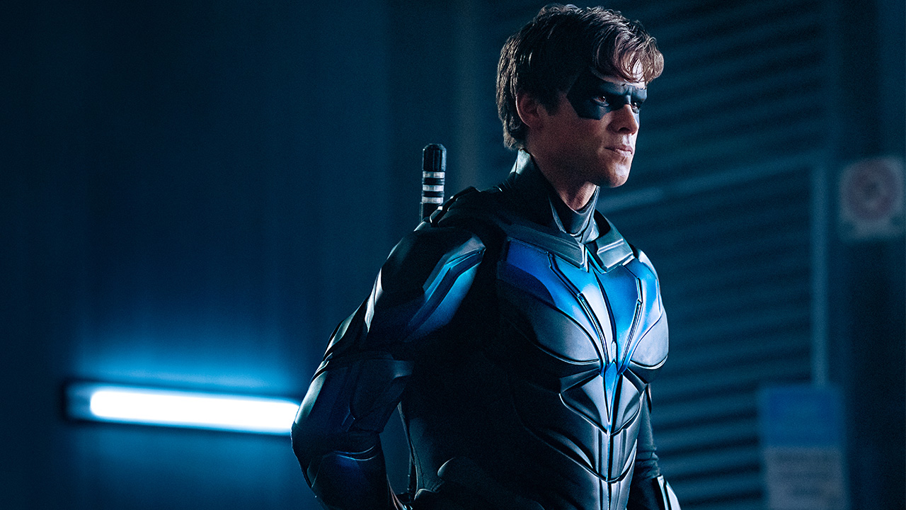 Nightwing-new-suit.jpg