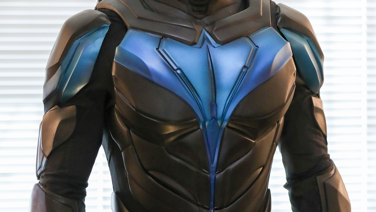 Nightwing-suit-1.jpg