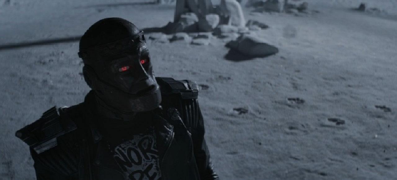 Doom-Patrol-Robotman-moon.jpg