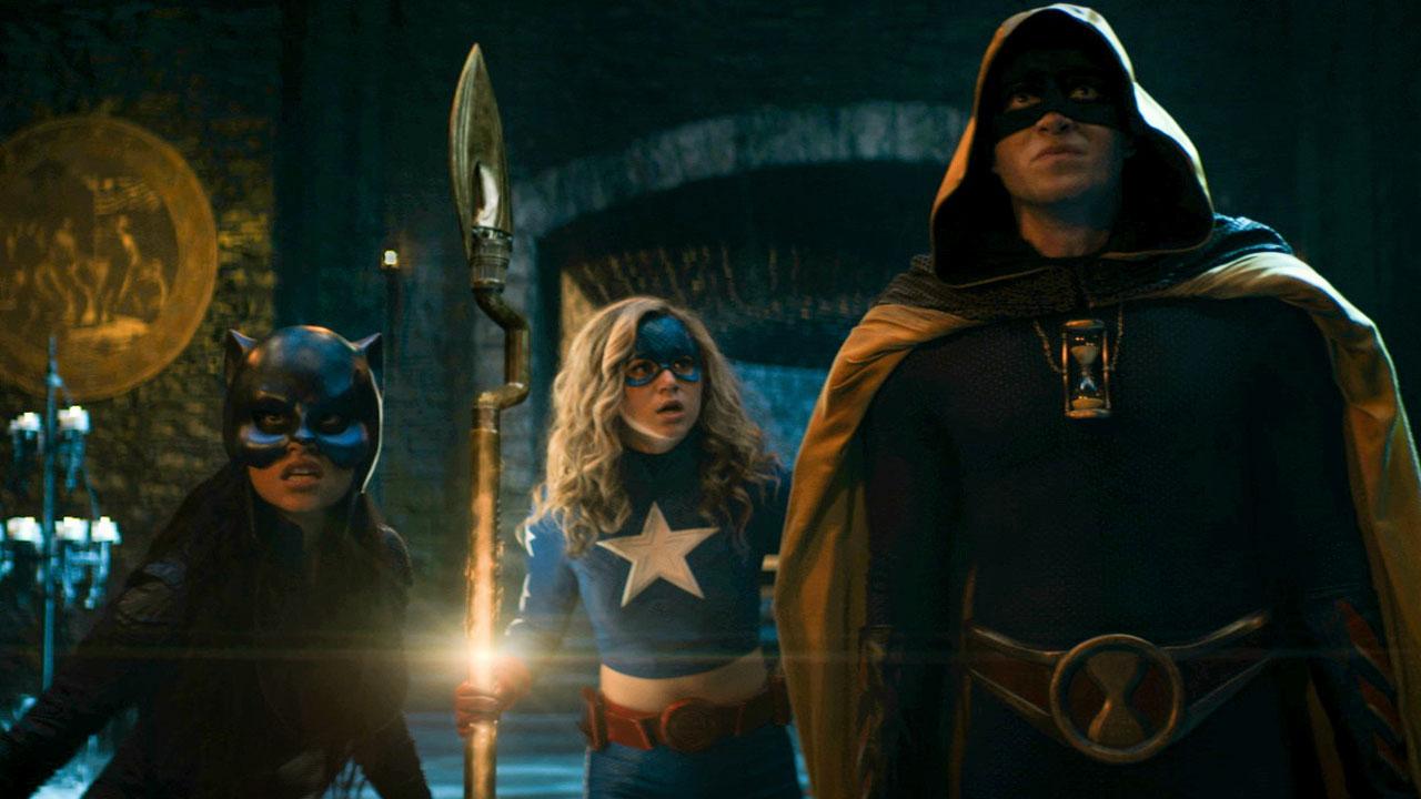 Stargirl-Justice-Society-header.jpg